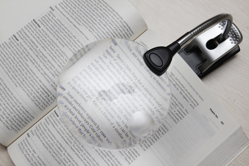 Levenhuk Zeno 1000 LED Magnifier, 2.5/5x, 88/21 mm image on site